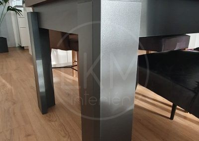 Detail nohy stola na mieru