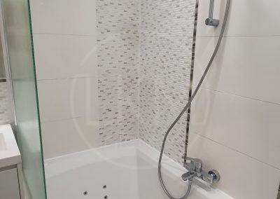 štýlová moderná kúpeľňa